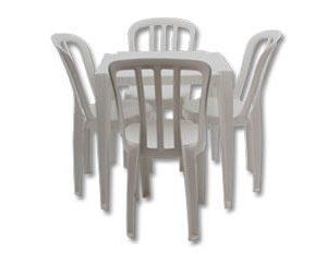 conjunto-mesa-de-plastico-300×240